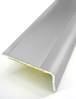 Nez de marche adhésif, aluminium naturel, L.110