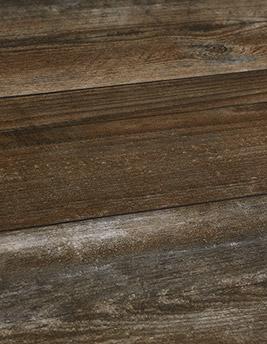 Sol vinyle QS PULSE, chêne marron foncé décapé, lame 21 x 151 cm