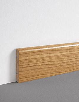 Plinthe, placage bois, décor chêne blond verni, h.8 x L.220 cm