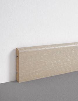 Plinthe, placage bois, décor vieux gris, h.8 x L.220 cm