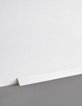 Contre-plinthe, MDF, décor uni blanc à peindre, h.1,7 x L.220 cm