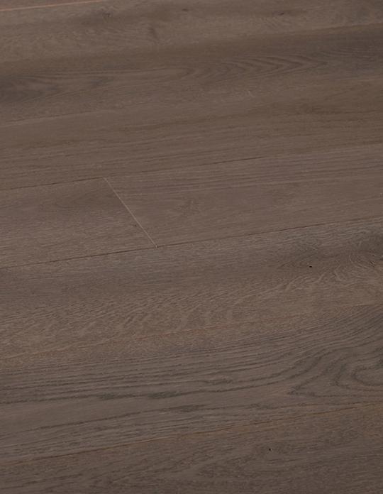 Parquet contrecollé MAJESTE 139, vintage, chêne gris, verni, larg 13,9 cm