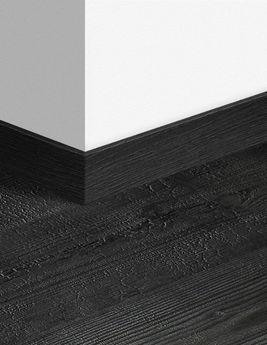 Plinthe Quick step, HDF, décor planches aspect brûlé, h.5,8cm x L.240 cm